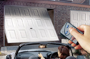 Garage doors the woodlands quality garage door services for Garage door repair dickinson tx